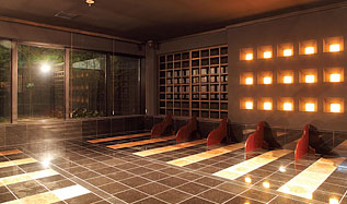 みずきの湯岩盤浴「瞑想房」