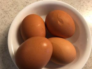 ひび割れた卵