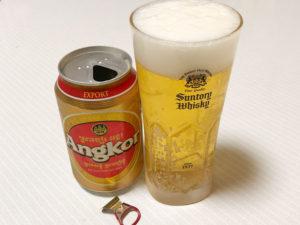 カンボジアビールAngkorを飲む