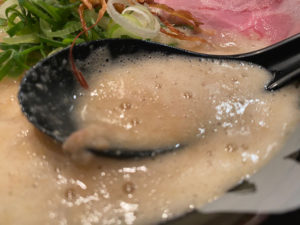 スープの泡